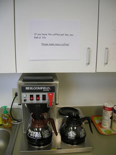 makecoffeejpg.jpg